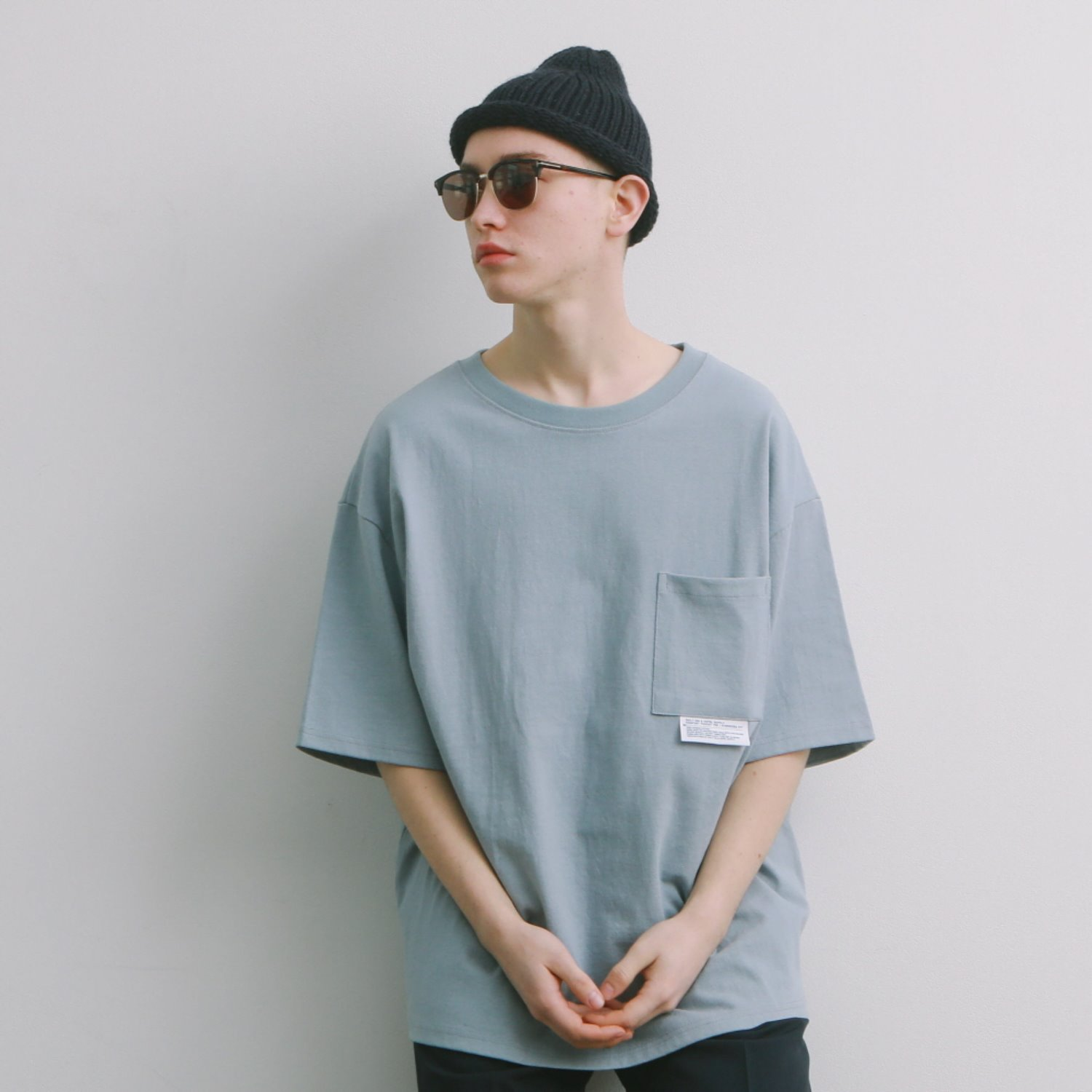 DailyInn Tourist Comfortable Oversized Pocket Tee (Rain Blue)