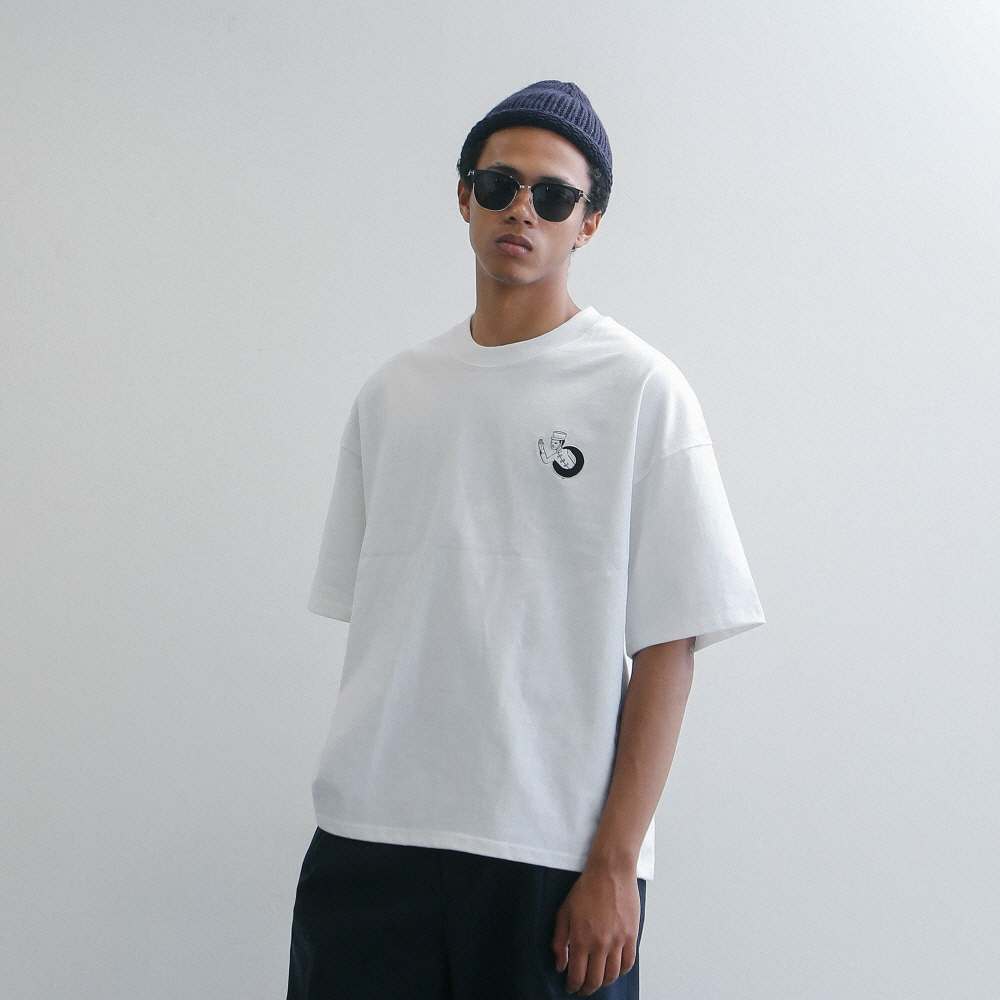 Teleport By GONGKAN Oversized Tee (White)