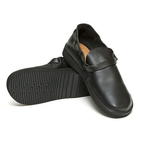 "Aurora Shoes 여성용 Middle English ""Black"""
