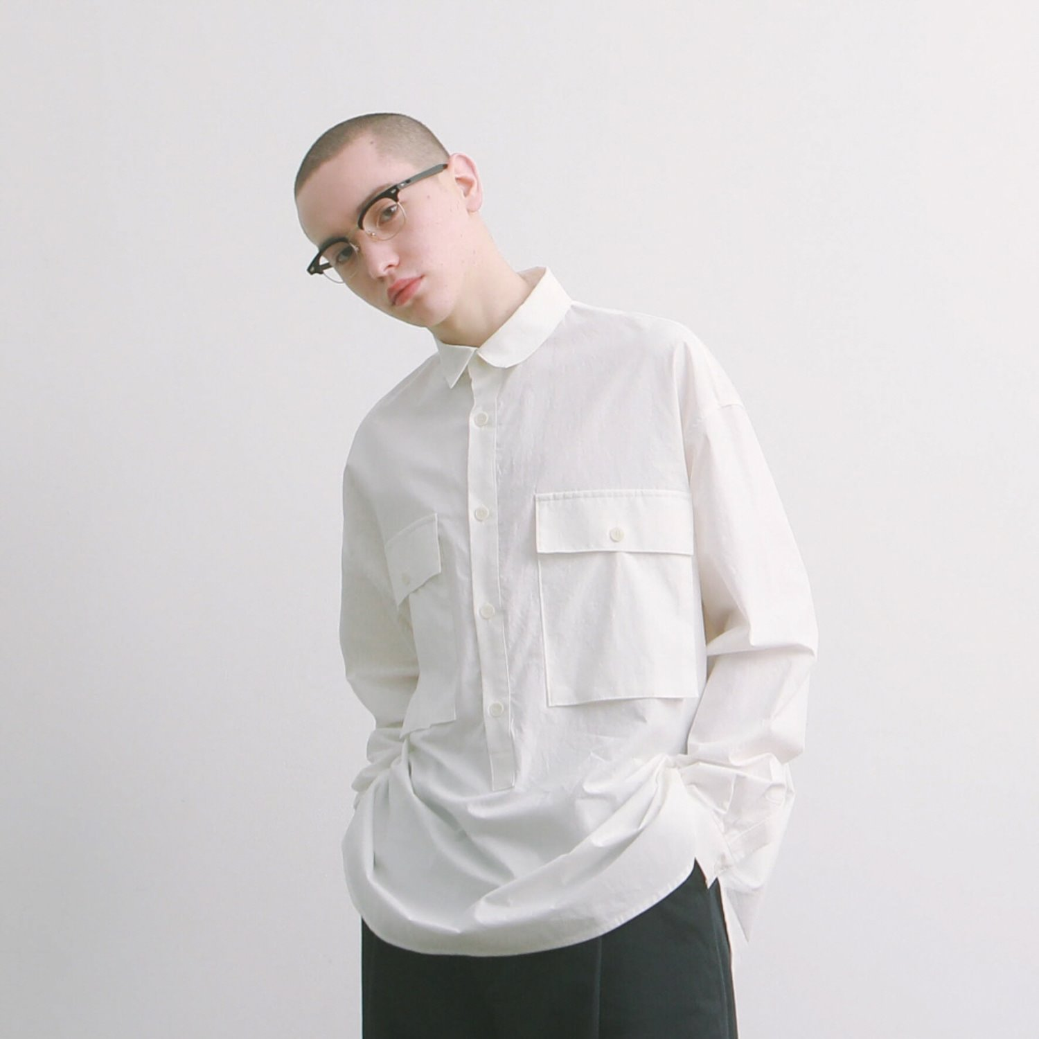Lobby Boy Pullover Shirts Type 2 (White)