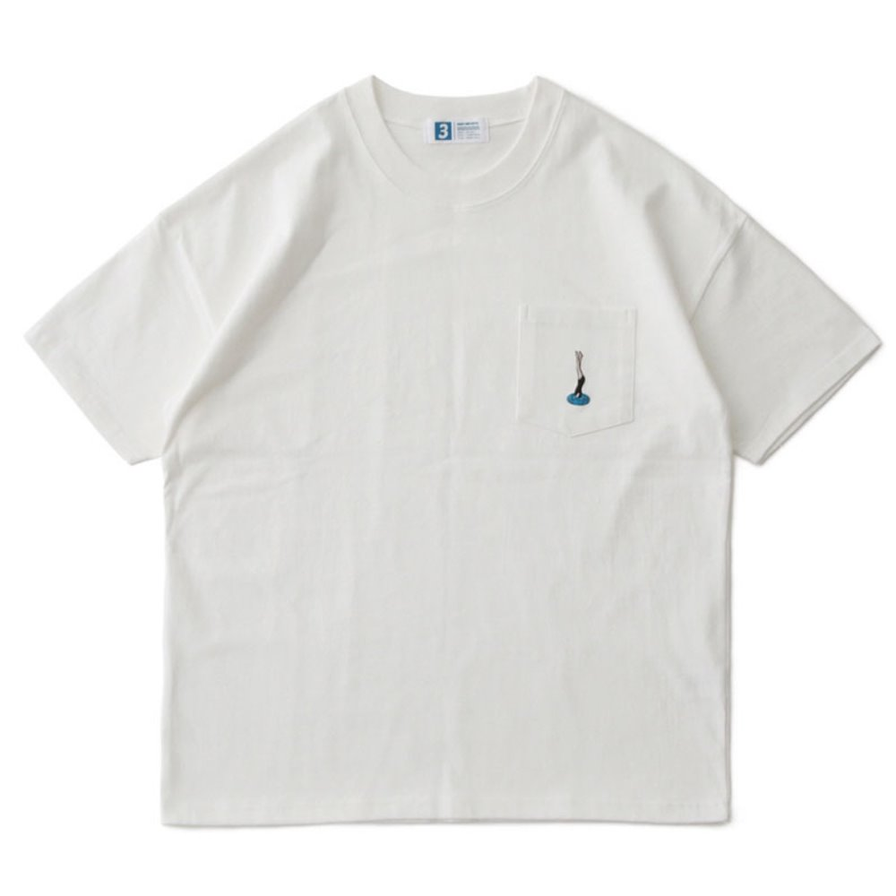 Diving Women by Suntur Oversized Pocket T (White)