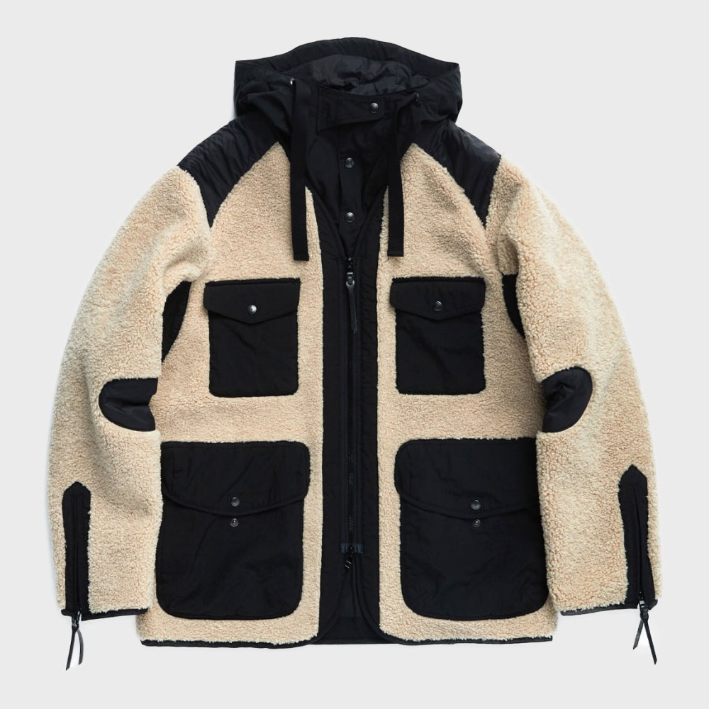 Traveler Jacket (Beige & Black)