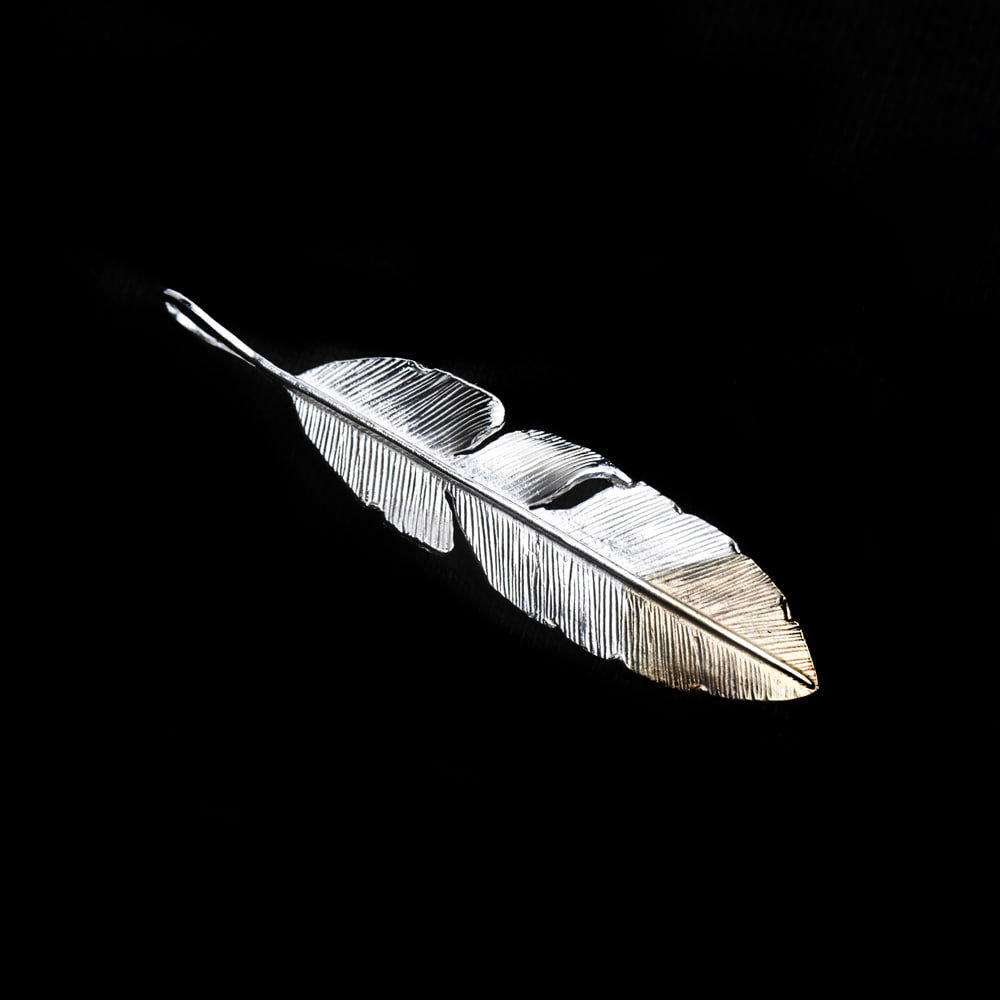 Helldorado Feather Pendant (Silver 925)